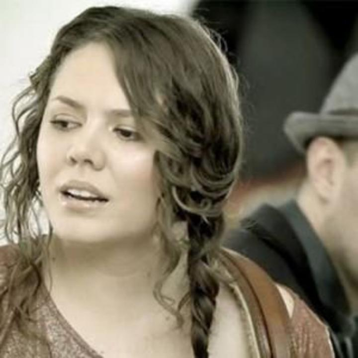 Fans de jesse y joy Tour Dates