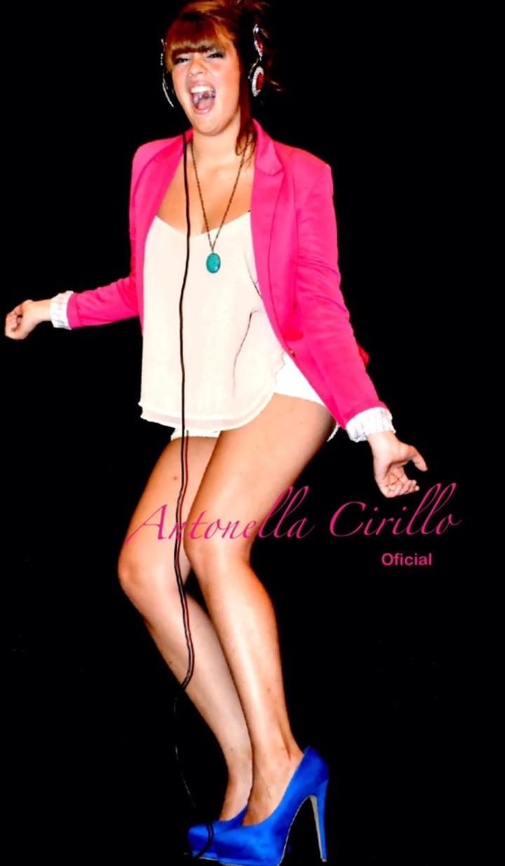 Voz Antonela C al 9009 Tour Dates