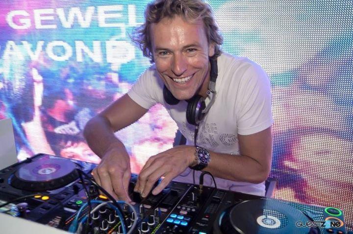 DJ Roomer Tour Dates