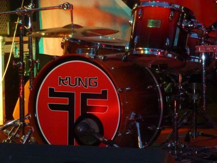 Kung Foo Fighters Tour Dates