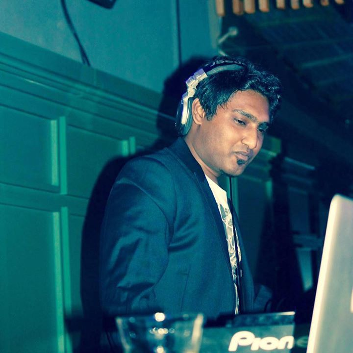 DJ Vivek Tour Dates