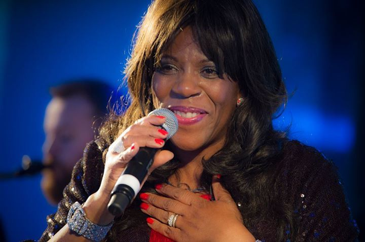 Jaki Graham @ Country Club Trent Park AKA New Maze Inn - London, United Kingdom