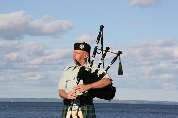 Green Bay Bagpiper Dan Fulton Tour Dates