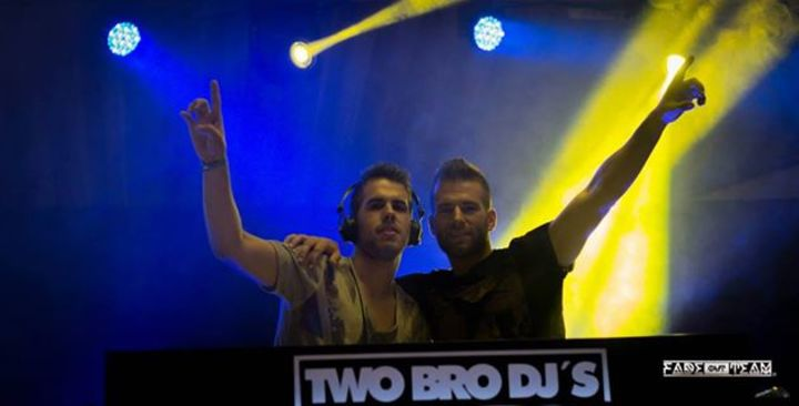 Two_bro_djs Tour Dates
