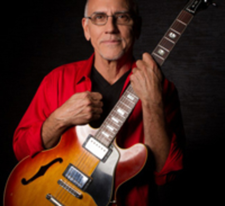 Larry Carlton 335 @ Kuumbwa Jazz Center - Santa Cruz, CA