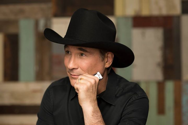 Clint Black @ Victory Theatre - Evansville, IN