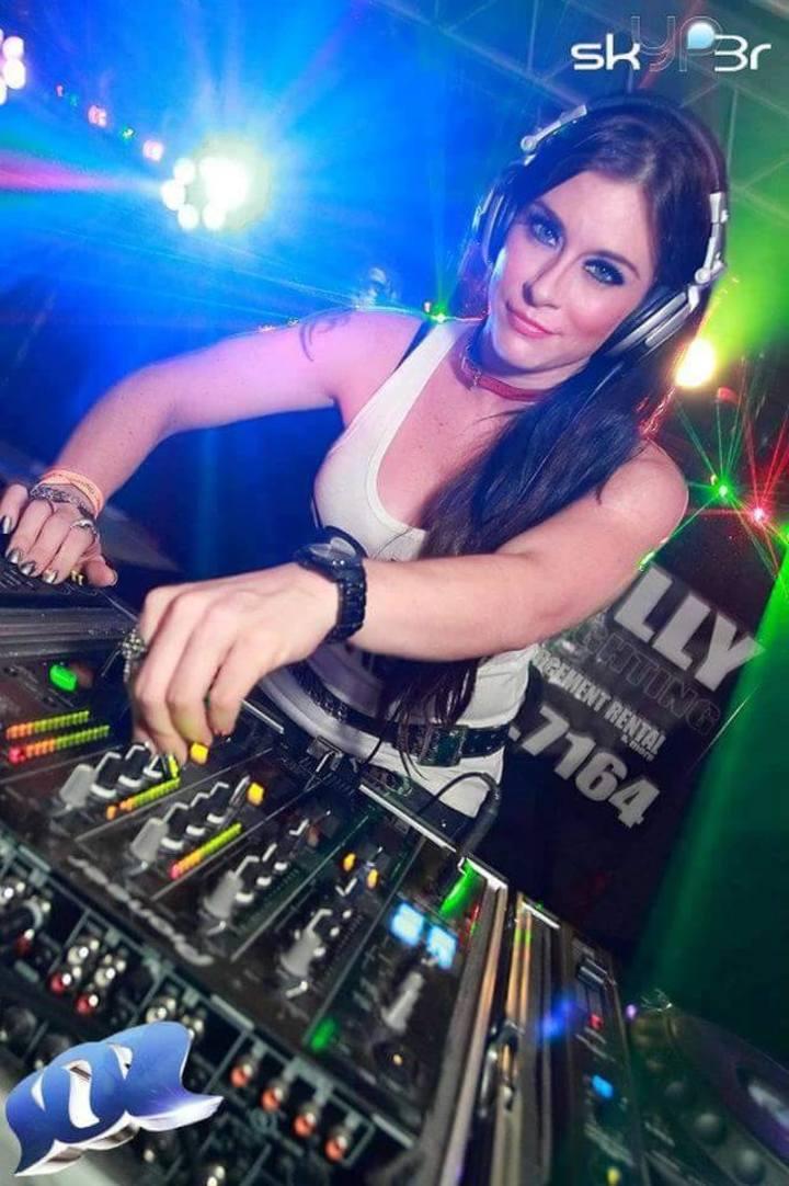 DJ Jenn Martinello Tour Dates