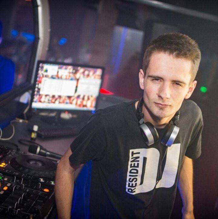 DJ Chicky Tour Dates
