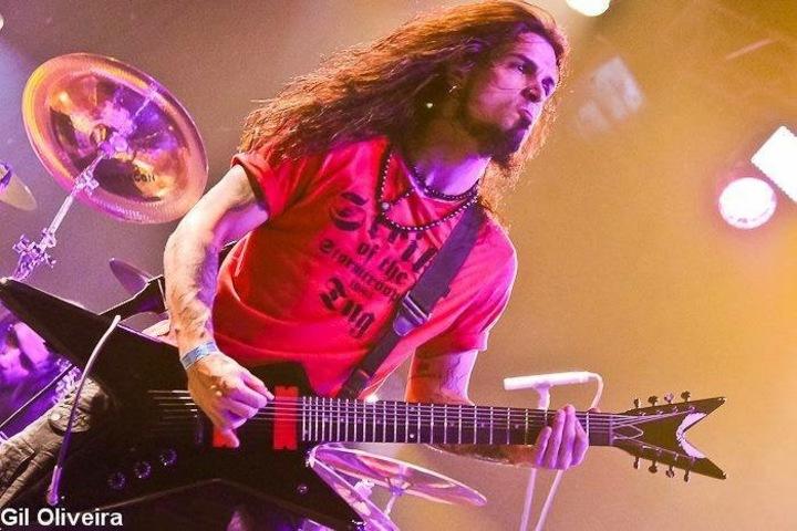 Attílio Negri @ Pop Goes Metal - Willi Willie Bar e Arqueria - Sao Paulo, Brazil