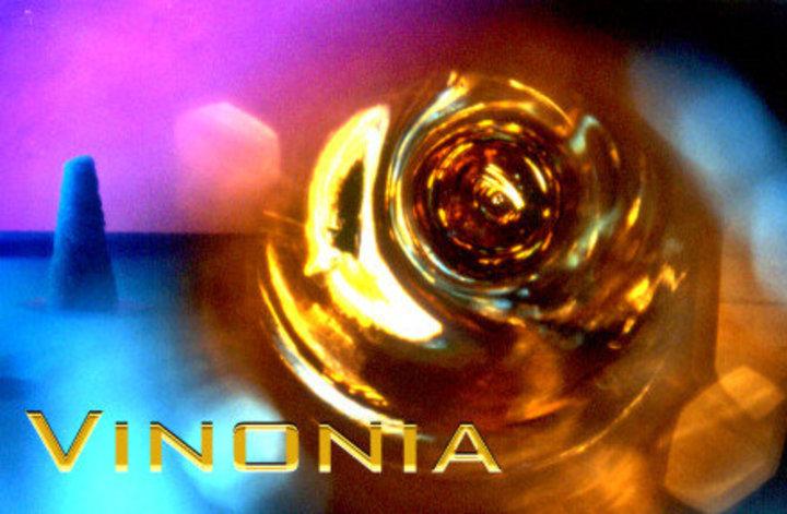 Vinonia Tour Dates