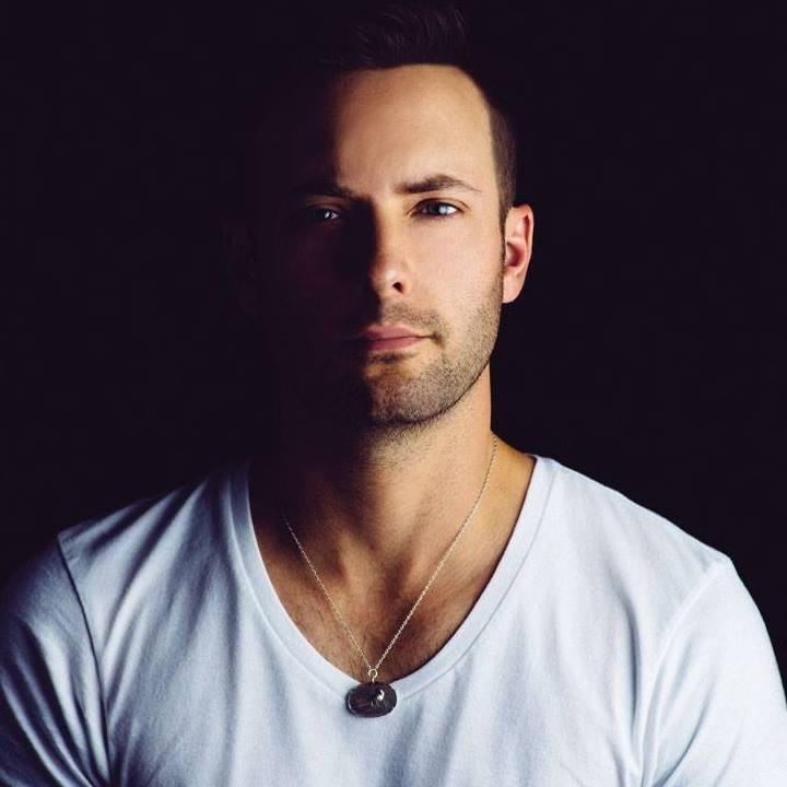 Dallas Smith @ CP Holiday Train - Salmon Arm, Canada