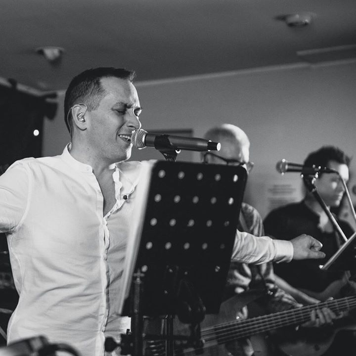 Horizon - Function Band @ Knaphill Working Men's Club - Knaphill, United Kingdom