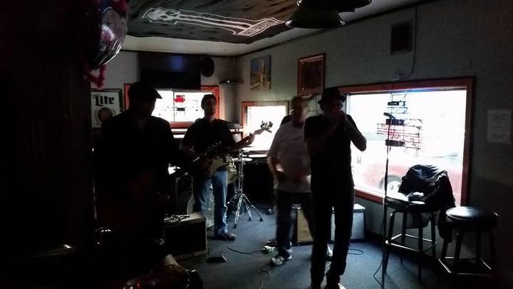 Robert Allen Jr. Band @ Smiling Moose - Newton, WI