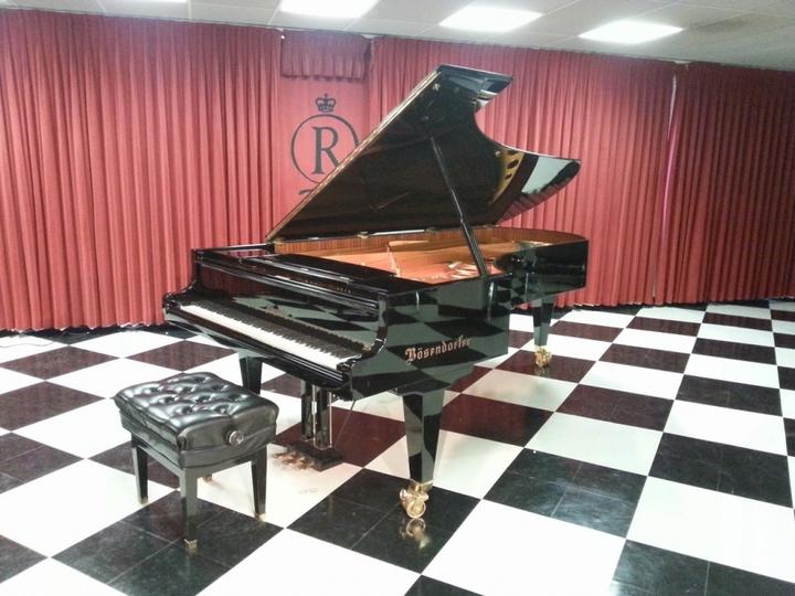 Bradley Burgess, pianist & organist @ Rutgers-Camden Center for the Arts - Camden, NJ
