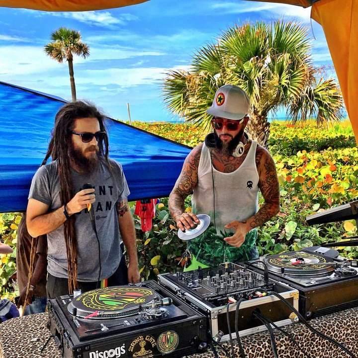 Badda Skat @ DJ - Jamaikin Me Crazy - Cocoa Beach, FL