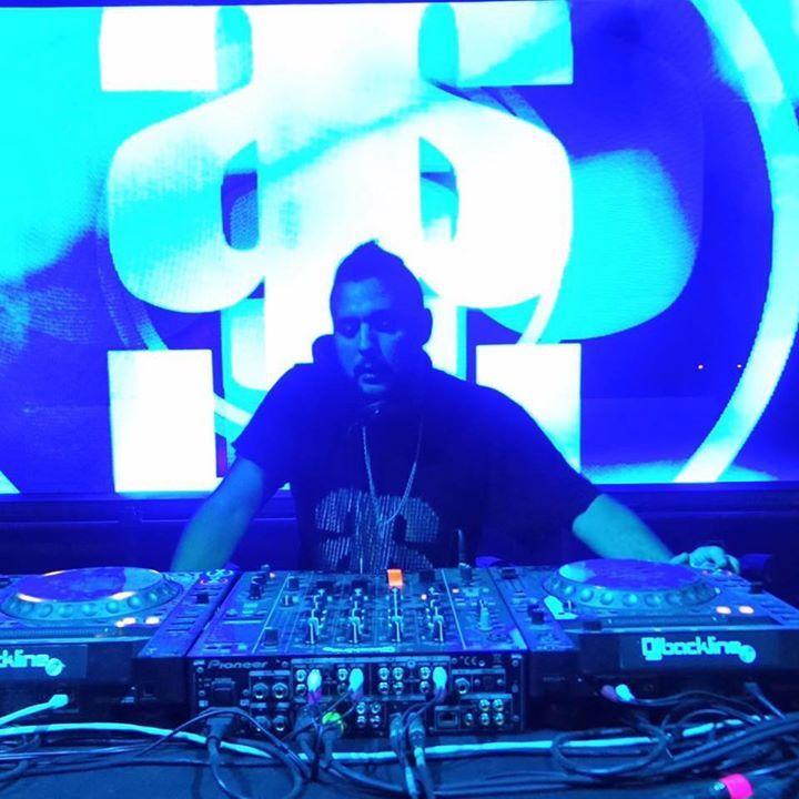 DJ FERRO (Underground Area) Tour Dates