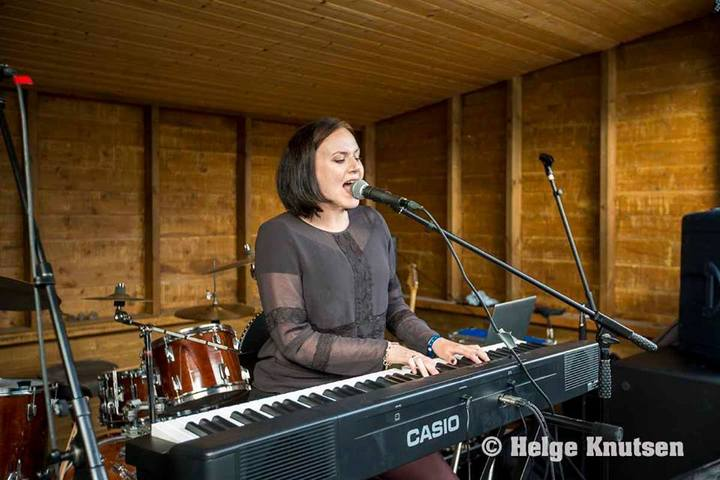 Malene Markussen @ Onkel Askel Musikkbistro - Kristiansand, Norway