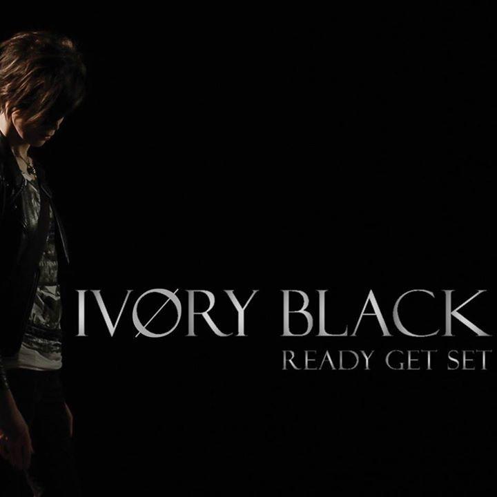 IVØRY BLACK Tour Dates