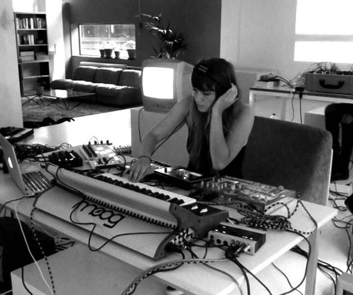 Nadia Struiwigh @ Stukafest (Experimental Live & Visuals) - Rotterdam, Netherlands