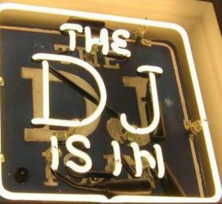 DJ C'mon Tour Dates