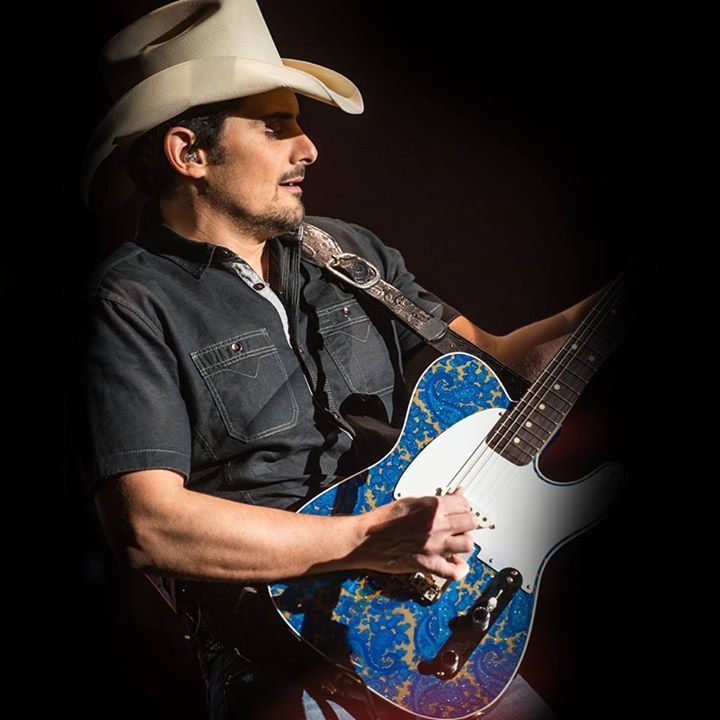 Brad Paisley @ Credit Union Place - Summerside, Canada