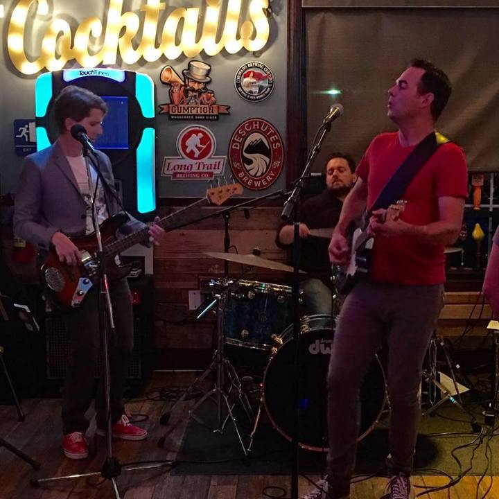 The Skeleton Keys @ Frank's American Pub - Downingtown, PA