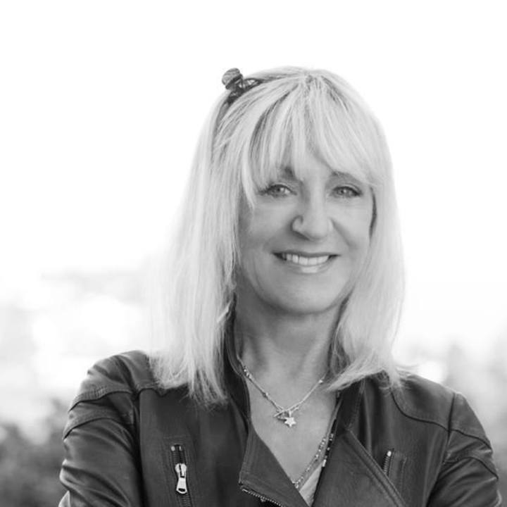 Christine McVie -FanPage- Tour Dates