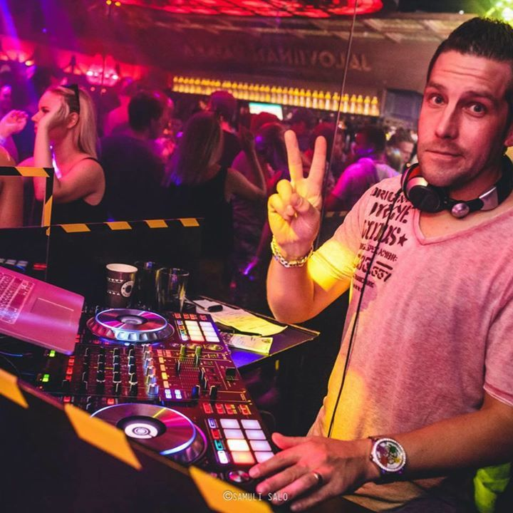 DJ Frankie Wells Tour Dates