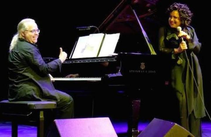Antonella Ruggiero @ Teatro Metropolitan - Piombino, Italy