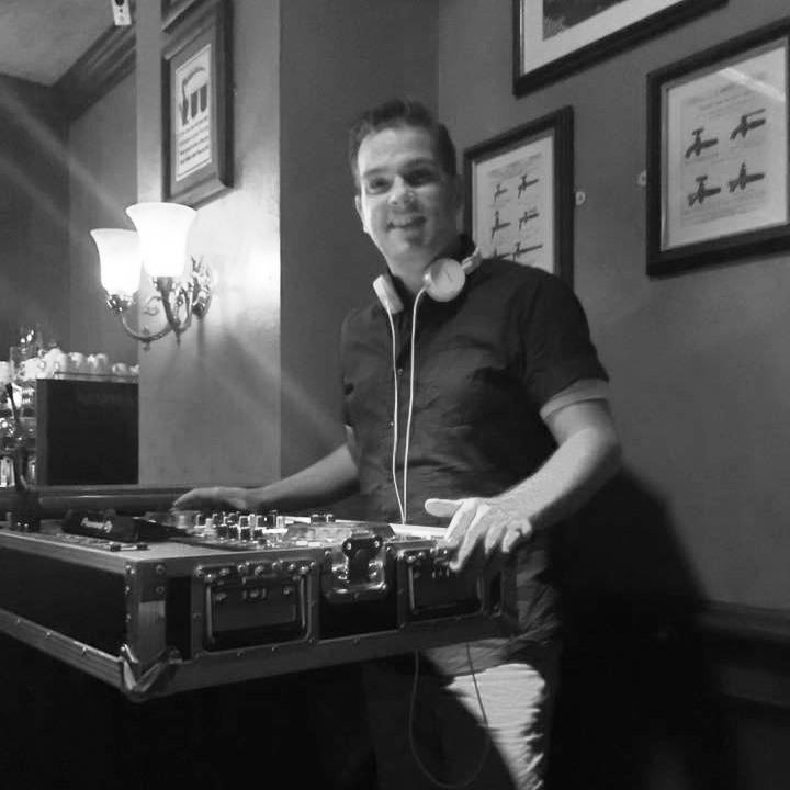 DJ Me @ Victoria Pub - Copenhagen, Denmark