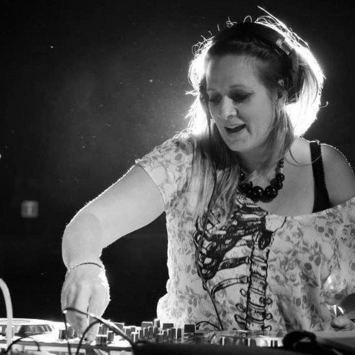 DJ Lady Eliza Tour Dates