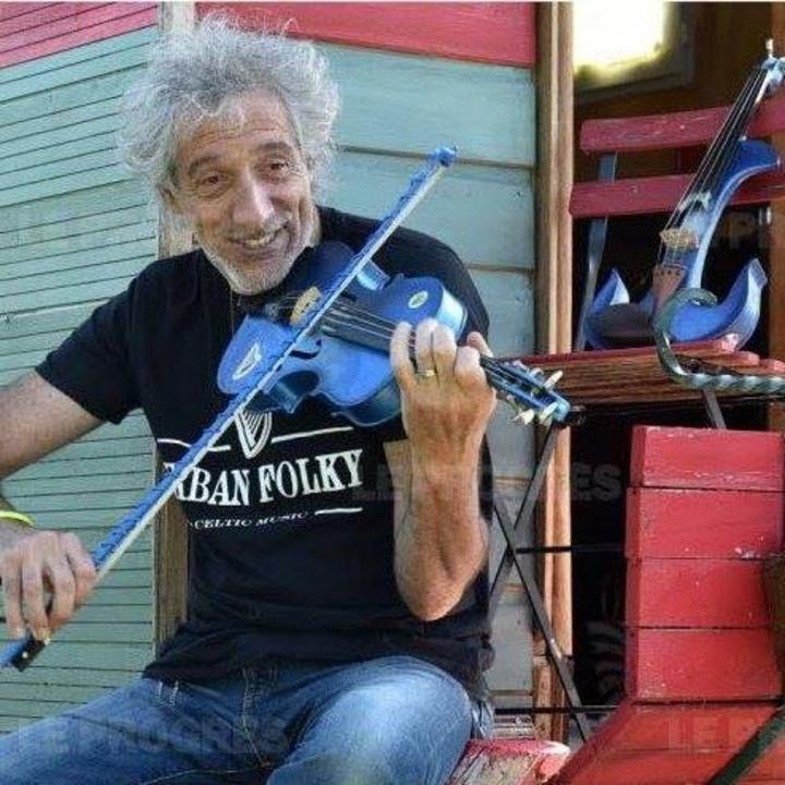 Le violon bleu Tour Dates