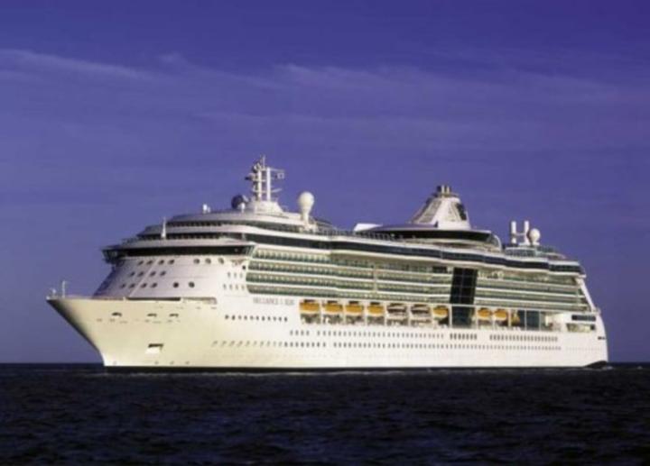 Gary Williams @ Vision of the Seas - Muscat, Oman