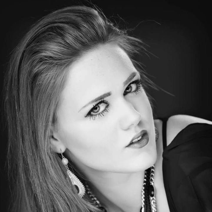 Savannah Alday @ Commodore Grille - Nashville, TN