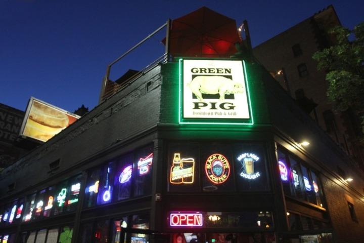 Folk Hogan @ Green Pig Pub - Salt Lake City, UT