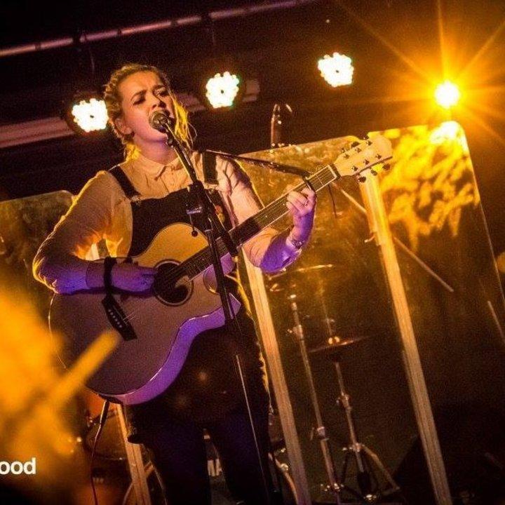 Naomi Campbell Music @ Mayfly Inn - Enniskillen, United Kingdom