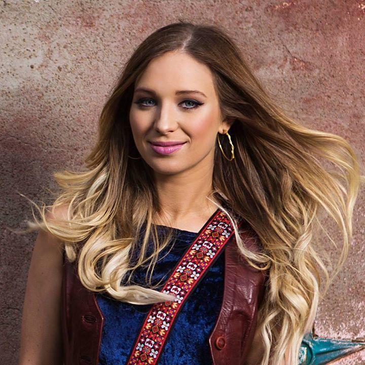 Olivia Lane @ Stoney's Rockin' Country  - Las Vegas, NV
