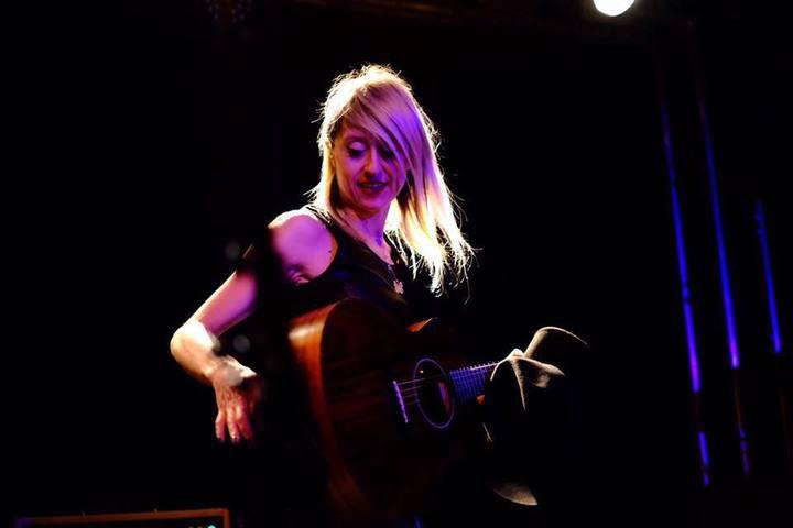 Cassandra Raffaele @ Fuoritutti Live in Darsena - Savona, Italy