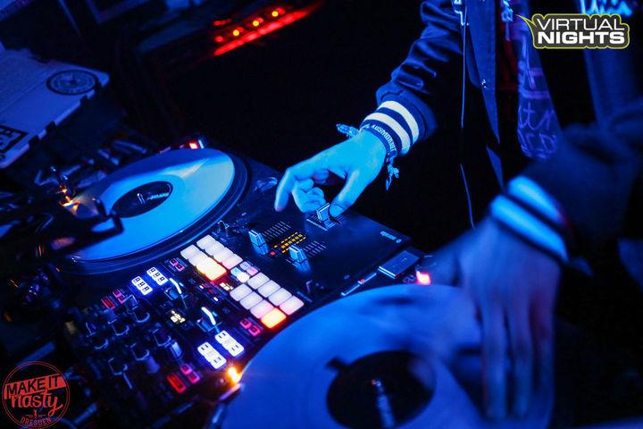 DJ red DEE @ kleinvieh - Dresden, Germany