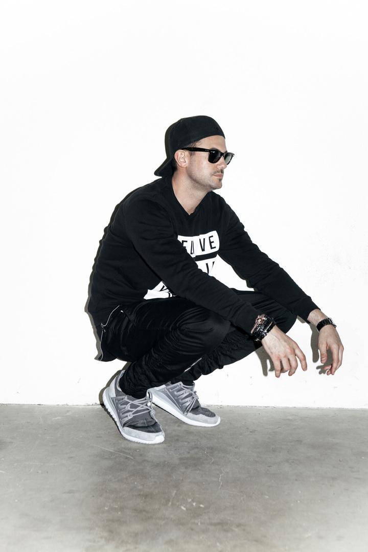 DJ Savi @ SUMMIT  - Austin, TX