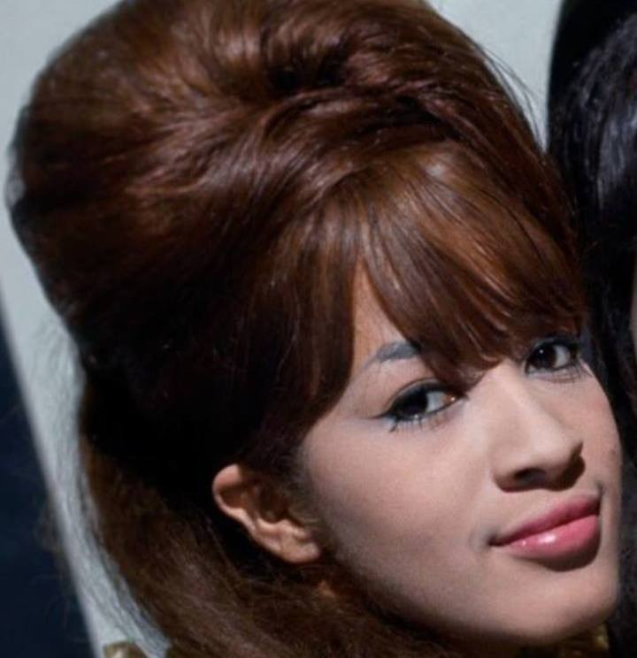 Ronnie Spector Tour Dates