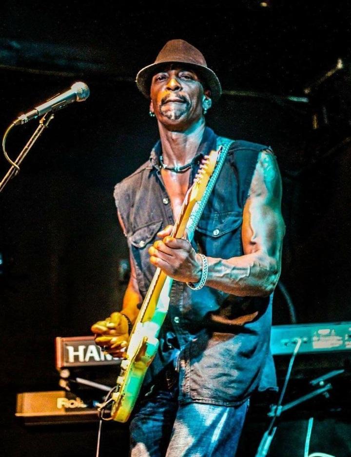 Dennis Jones Band @ Gator by the Bay - San Diego, CA