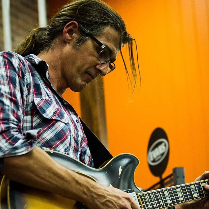 Simon Gardner Guitarist Tour Dates