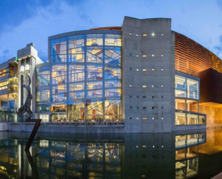 Iestyn Davies - Countertenor @ Euskalduna Palace - Bilbao, Spain