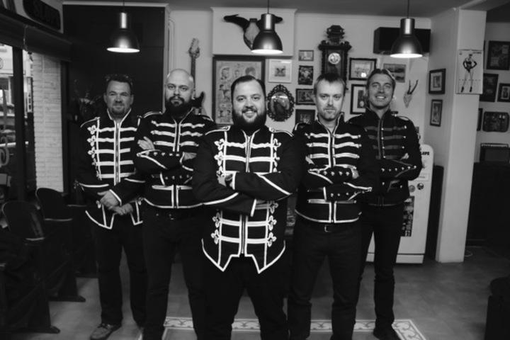 The Milkmen Sixties Tribute Band @ Kerstboomverbranding JH De Stip  - Ham, Belgium