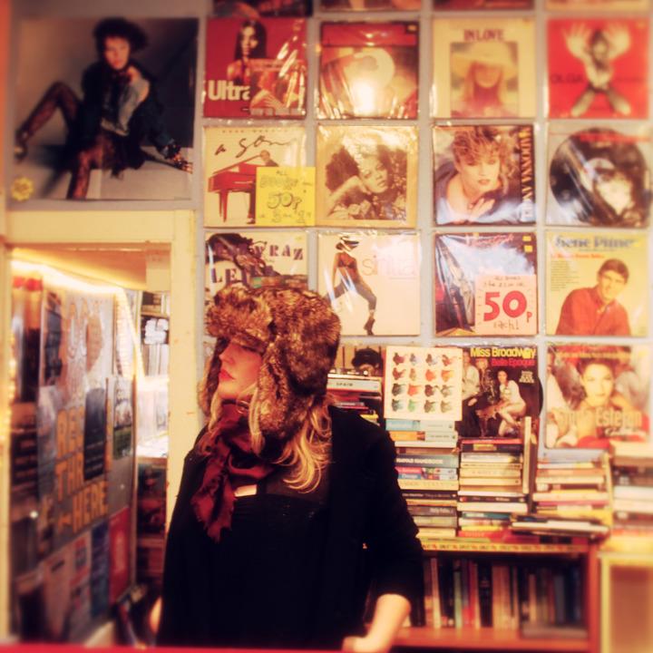 Sadie Jemmett @ Café Plantage - Leiden, Netherlands
