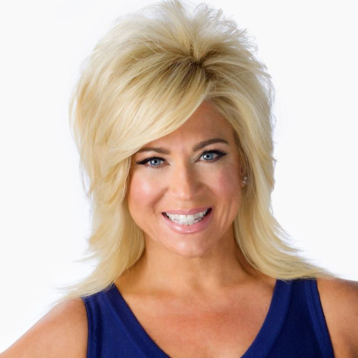Theresa Caputo @ Sands Bethlehem Event Center - Bethlehem, PA