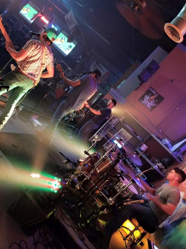 Matt & The Herdsmen @ Paradise Roadhouse Bar & Grill - Weslaco, TX