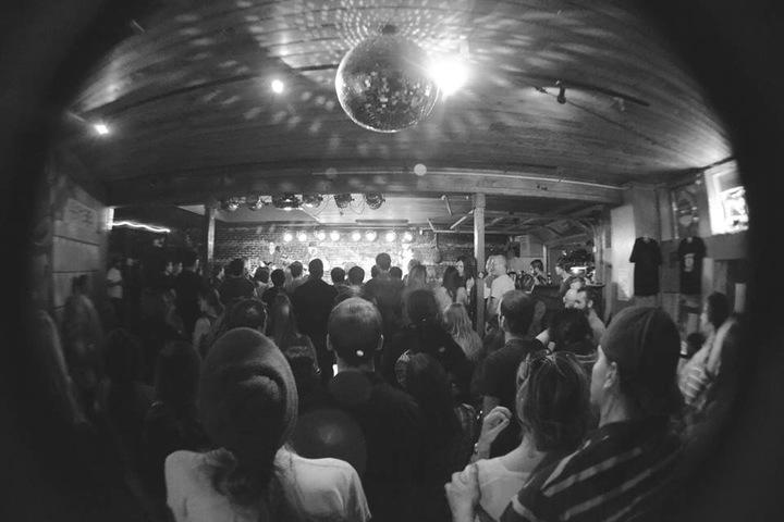 Leava @ Anchor Pub - Everett, WA