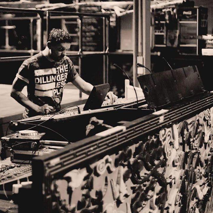 Filipe de Melo - Sound Engineer Tour Dates